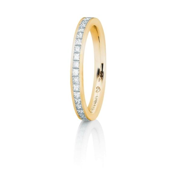 """Memoirering """"Diamante in Amore"""" 750GG, 23 Diamanten Princess-Schliff 0.45ct TW/vs1, 1 Diamant Brillant-Schliff 0.005ct TW/vs1"""
