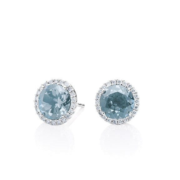 "Ohrstecker ""Espressivo"" 750WG, Topas sky blue facettiert Ø 9.0 mm ca. 6.0ct, 56 Diamanten Brillant-Schliff 0.20ct TW/si"