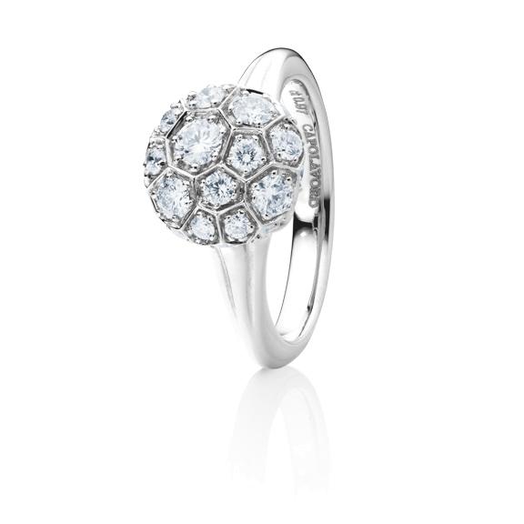 """Ring """"Fiore Magico"""" 750WG Carreaufassung, 27 Diamanten Brillant-Schliff 0.97ct TW/vs"""