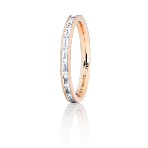 """Memoirering """"Diamante in Amore"""" 750RG, 12 Diamanten Baguette-Schliff 0.70ct TW/vs1, 1 Diamant Brillant-Schliff 0.005ct TW/vs1"""