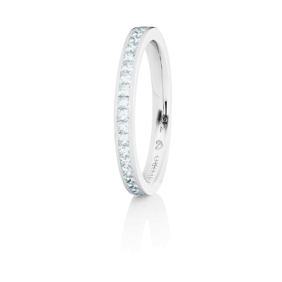 """Memoirering """"Diamante in Amore"""" 750WG, 23 Diamanten Princess-Schliff 0.45ct TW/vs1, 1 Diamant Brillant-Schliff 0.005ct TW/vs1"""