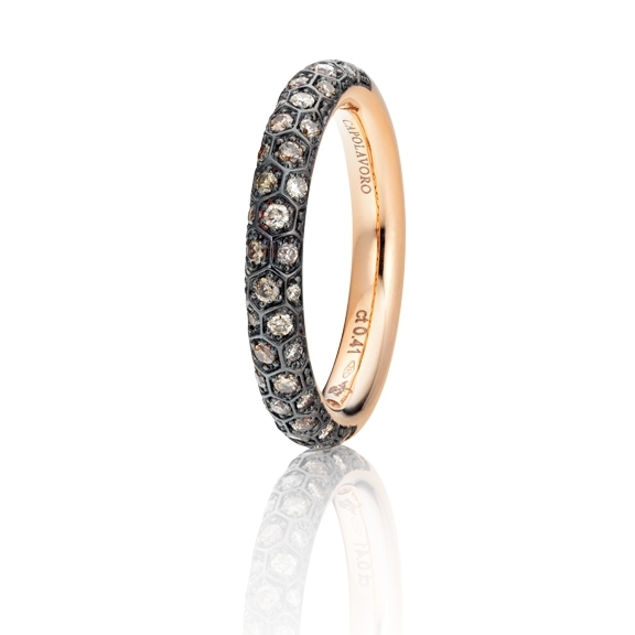 "Ring ""Fiore Magico"" 750RG, Carreaufassung schwarz rhodiniert, 38 Diamanten Brillant-Schliff 0.41ct natural light brown"