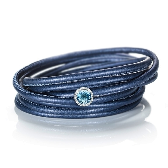 "Schmuckelement ""Espressivo"" 750WG, Topas sky blue facettiert, 22 Diamanten Brillant-Schliff 0.06ct TW/si"