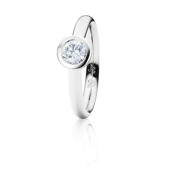 "Ring ""Diamante in Amore"" 750WG Zargenfassung, 1 Diamant Brillant-Schliff 0.50ct TW/vs1 GIA Zertifikat, 1 Diamant Brillant-Schliff 0.005ct TW/vs1"