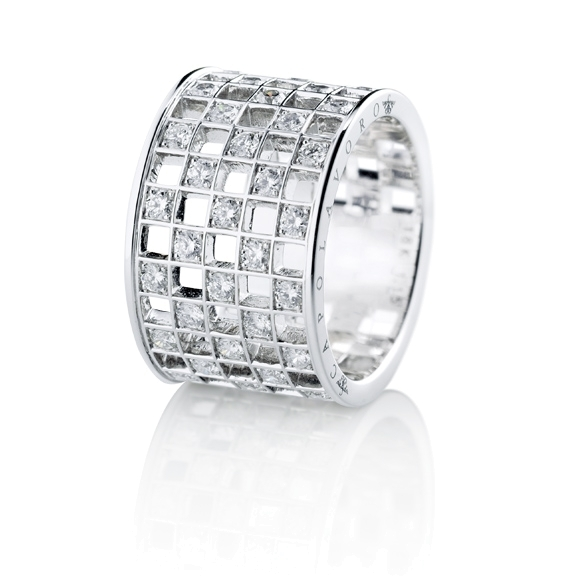 "Ring ""Piazza"" 750WG, 37 Diamanten Brillant-Schliff 1.15ct TW/si"