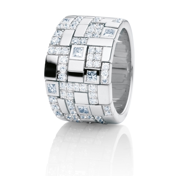 "Ring ""Palazzo"" 750WG, 6 Diamanten Princess-Schliff 0.35ct TW/vs, 66 Diamanten Brillant-Schliff 0.8ct TW/vs"