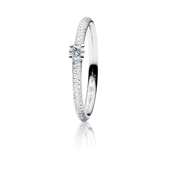 "Ring ""Diamante in Amore"" 750WG 4-er Krappe-Pavé, 1 Diamant Brillant-Schliff 0.15ct TW/vs1, 104 Diamanten Brillant-Schliff 0.20ct TW/vs1, 1 Diamant Brillant-Schliff 0.005ct TW/vs1"