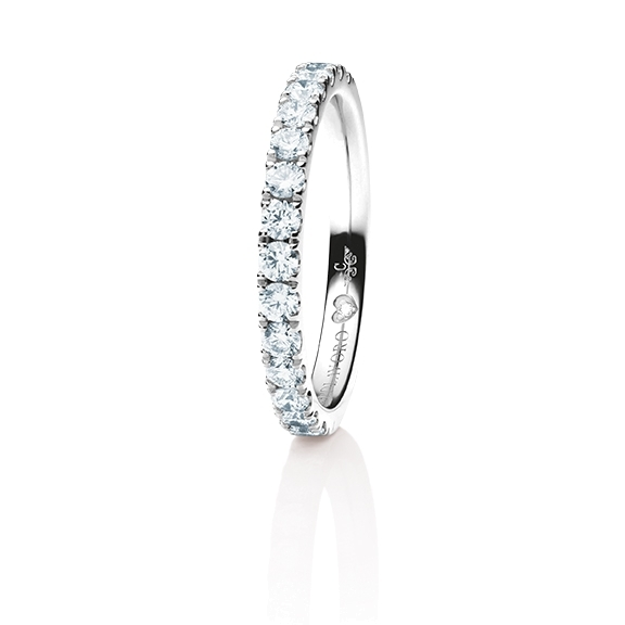 "Memoirering ""Diamante in Amore"" 750WG, 15 Diamant Brillant-Schliff 0.60ct TW/vs1, 1 Diamant Brillant-Schliff 0.005ct TW/vs1"