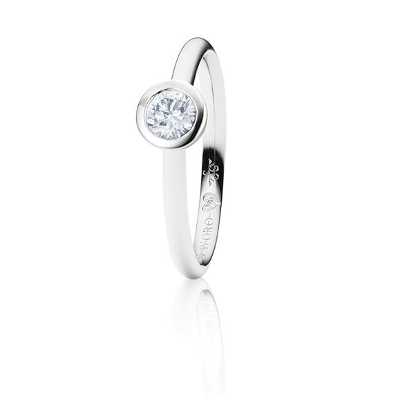 "Ring ""Diamante in Amore"" 750WG Zargenfassung, 1 Diamant Brillant-Schliff 0.33ct TW/vs1 GIA Zertifikat, 1 Diamant Brillant-Schliff 0.005ct TW/vs1"