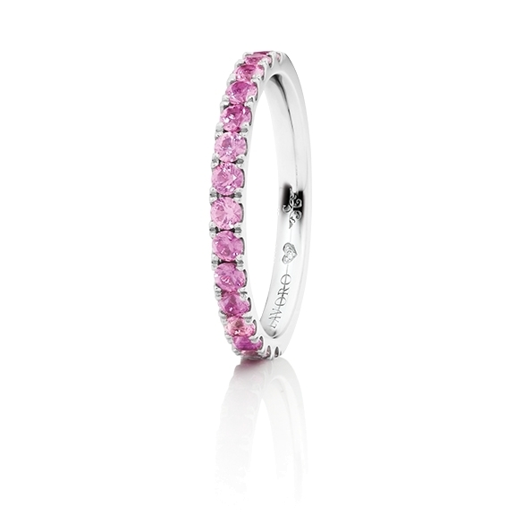 "Memoirering ""Diamante in Amore"" 750WG, 15 Saphir Pink Light facettiert ca. 0.70ct, 1 Diamant Brillant-Schliff 0.005ct TW/vs1"