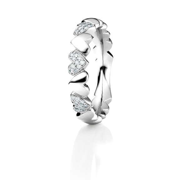 "Ring ""Fantasia"" 750WG, 30 Diamanten Brillant-Schliff 0.15ct TW/si"
