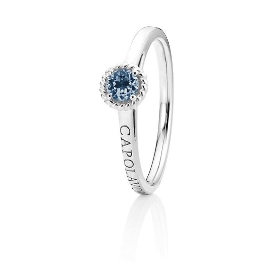"""Ring """"Amore Mio"""" 750WG, 1 Saphir blau facettiert Ø 4.0 mm ca. 0.24ct, 1 Diamant Brillant-Schliff 0.005ct TW/vs1"""