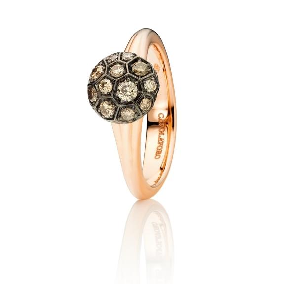 "Ring ""Fiore Magico"" 750RG Carreaufassung, 22 Diamanten Brillant-Schliff 0.59ct natural light brown"