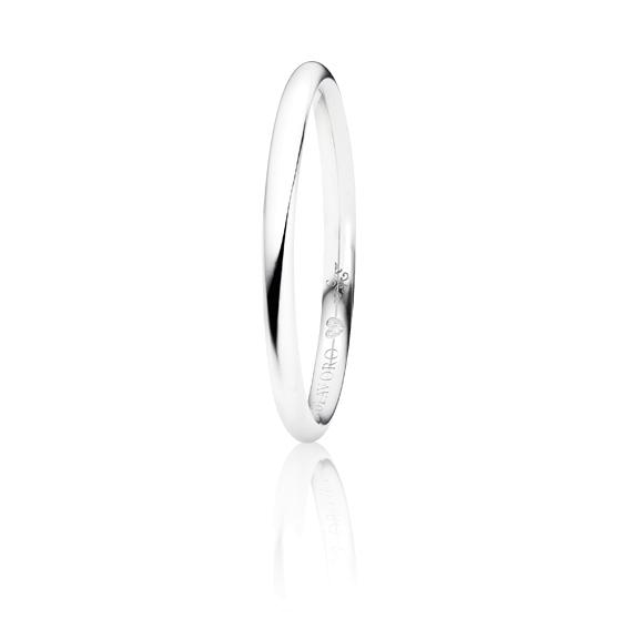 """Trauring """"Diamante in Amore"""" 750WG halbrund und innen bombiert, 1 Diamant Brillant-Schliff 0.005ct TW/vs1"""