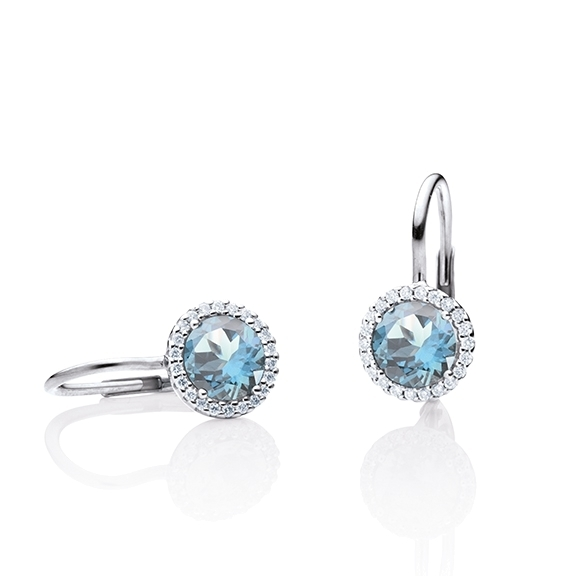 "Ohrhänger ""Espressivo"" 750WG, Topas sky blue facettiert Ø 6.0 mm ca. 2.00ct, 44 Diamanten Brillant-Schliff 0.12ct TW/si"
