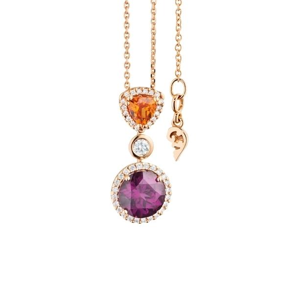 "Anhänger ""Espressivo"" 750RG, Granat Royal Purple Ø 8.0 mm ca. 2.2ct, Granat Mandarin Trillion 5.0 x 5.0 mm ca. 0.5ct, 35 Diamanten Brillant-Schliff 0.26ct TW/si"