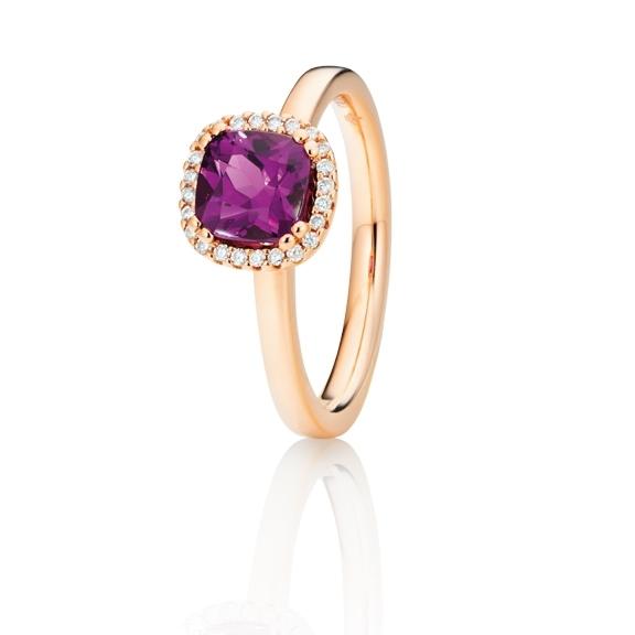 "Ring ""Espressivo"" 750RG, Granat Royal Purple antik 6.0 x 6.0 mm ca. 1.00ct, 24 Diamanten Brillant-Schliff 0.07ct TW/si"