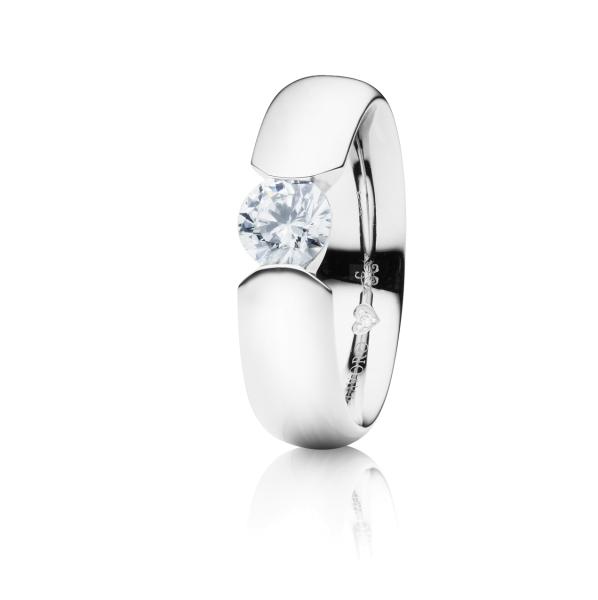 """Ring """"Diamante in Amore"""" 750WG Spannoptik, 1 Diamant Brillant-Schliff 0.50ct TW/vs1, GIA Zertifikat, 1 Diamant Brillant-Schliff 0.005ct TW/vs1"""