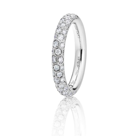 """Ring """"Fiore Magico"""" 750WG, Carreaufassung 38 Diamanten Brillant-Schliff 0.41ct TW/vs"""