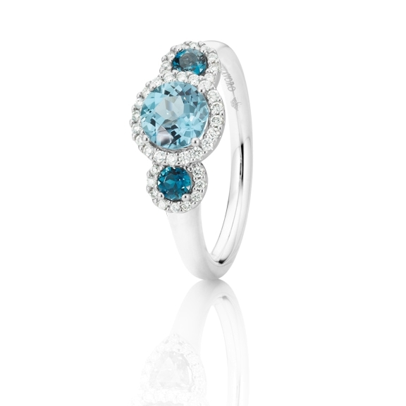 "Ring ""Espressivo"" 750WG, Topas sky blue facettiert Ø 6.0 mm ca. 1.00ct , Topas London blue facettiert Ø 3.0 mm ca. 0.30ct, 38 Diamanten Brillant-Schliff 0.17ct TW/si"