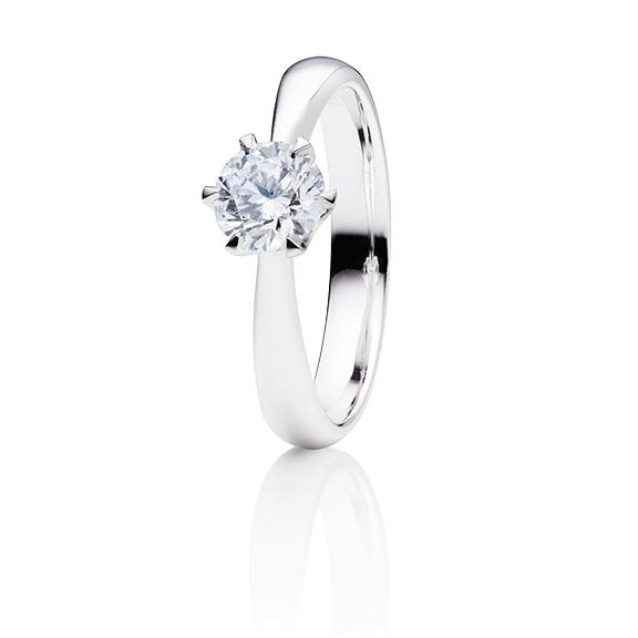 "Ring ""Classico"" 750WG 6-er Krappe, 1 Diamant Brillant-Schliff 0.70ct TW/si1 GIA Zertifikat"