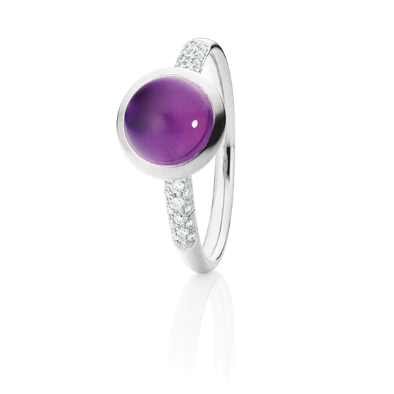 "Ring ""Velluto"" 750WG, Amethyst medium Cabochon Ø 8.0 mm ca. 2.0ct, 30 Diamanten Brillant-Schliff 0.12ct TW/vs"
